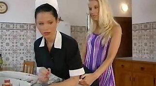 Blonde lesbian mouthfuck in motel