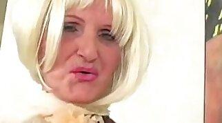 Blonde Lills District sexy granny