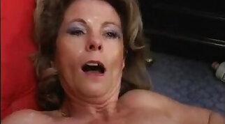 Beata mature milf watching porn