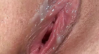 Stephanie Cane Creampie - filled pussy