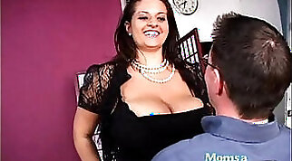 Cheating mommy is gonna get fucked brutally