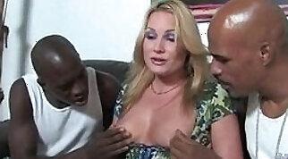 Black milf fuck hard with big cock