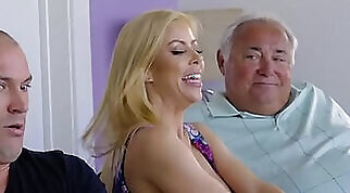 Blond mommy Paola rituals pussy teaching stepdaughter Sally Whyt